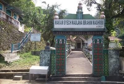 Wisata Ziarah dan Ngalap Berkah di Makam Syech Maulana Malik Ibrahim Maghribi Boyolali