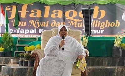 Biografi Nyai. Hj. Makkiyah As'ad