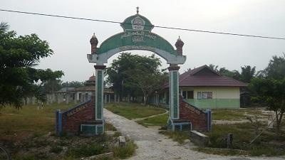 Pesantren Al-Muttaqien Riau