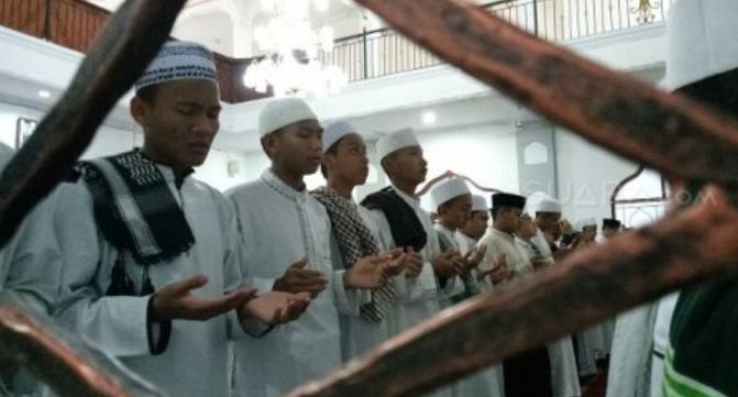 Santri di Bogor Gelar Salat Gaib untuk Korban Teror Masjid Selandia Baru