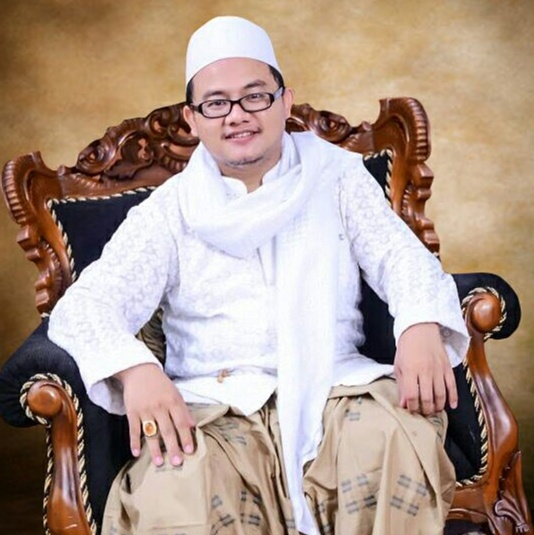 Biografi KH. Rizqi Dzulqornain al-Batawi., M.A